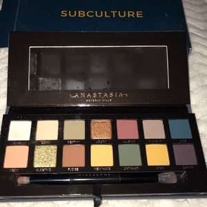 "Anastasia Beverly Hills ""Subculture"" Palette"